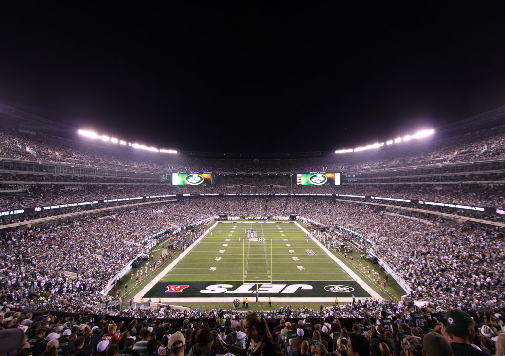 Survivor at Every Stadium: New York Jets - Saturday Night Football