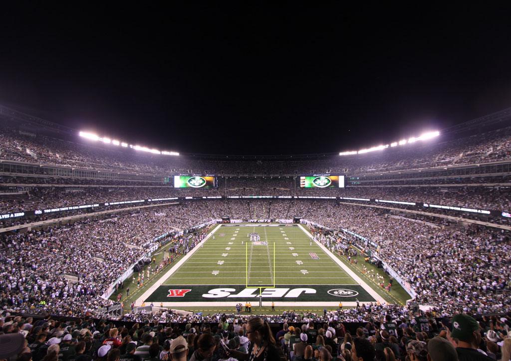 Survivor at Every Stadium: New York Jets #ThursdayNightFootball #LCAM