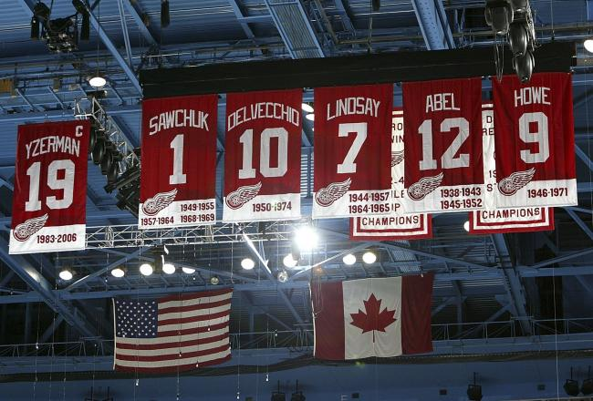 A Survivor at Every Rink: Detroit Red Wings